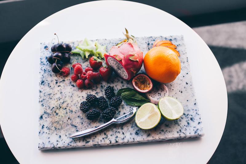 Fruit plate http://barnimages.com/